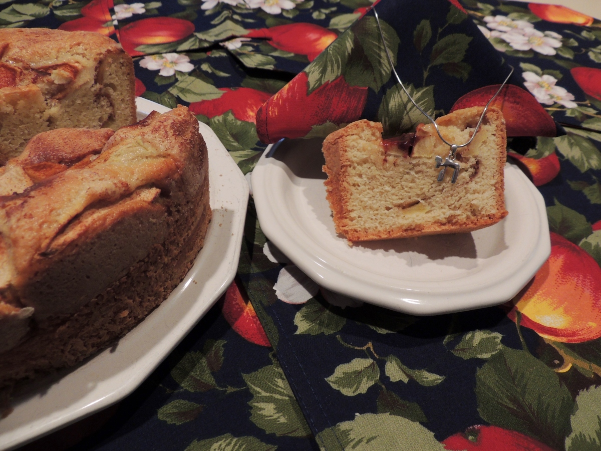 L'Chaim' (to Life!) Apple Cake – my recipe for Life!