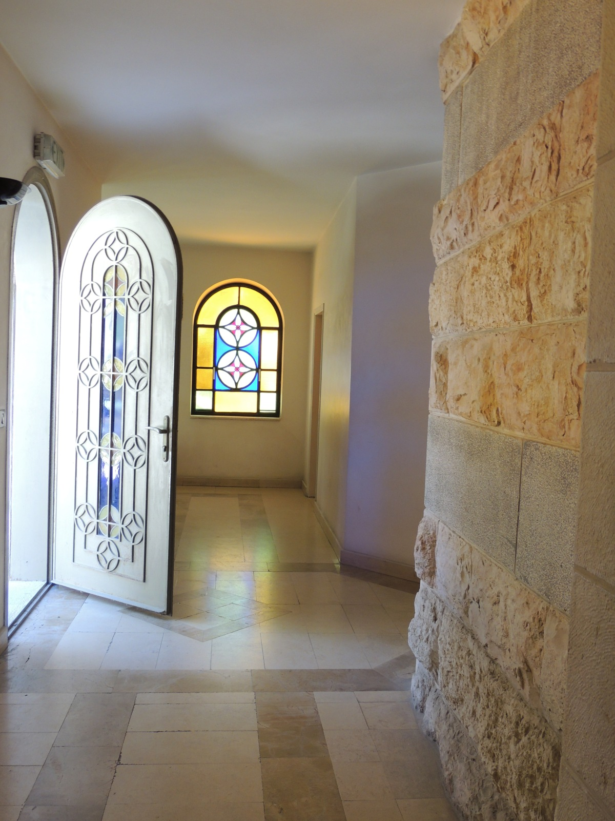 Whom is This? Daniel at the Door – Day4